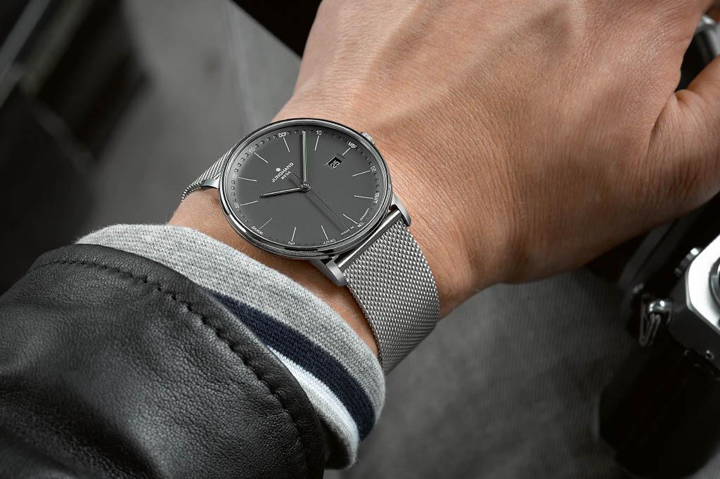 Deutsche Uhrenmarken_Junghans Form Mega